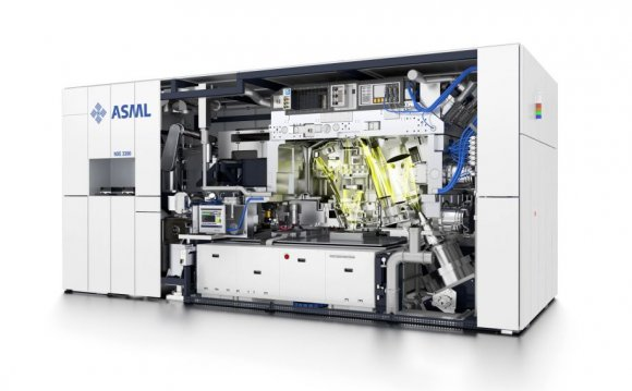 The new EUV scanner (extreme